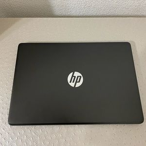HP laptop like new all accessories
